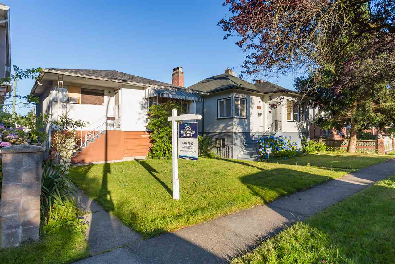 Detached at 5064 GLADSTONE STREET, Vancouver East, British Columbia. Image 5