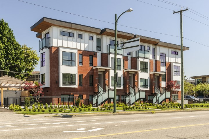 Townhouse at 987 W 70TH AVENUE, Vancouver West, British Columbia. Image 2