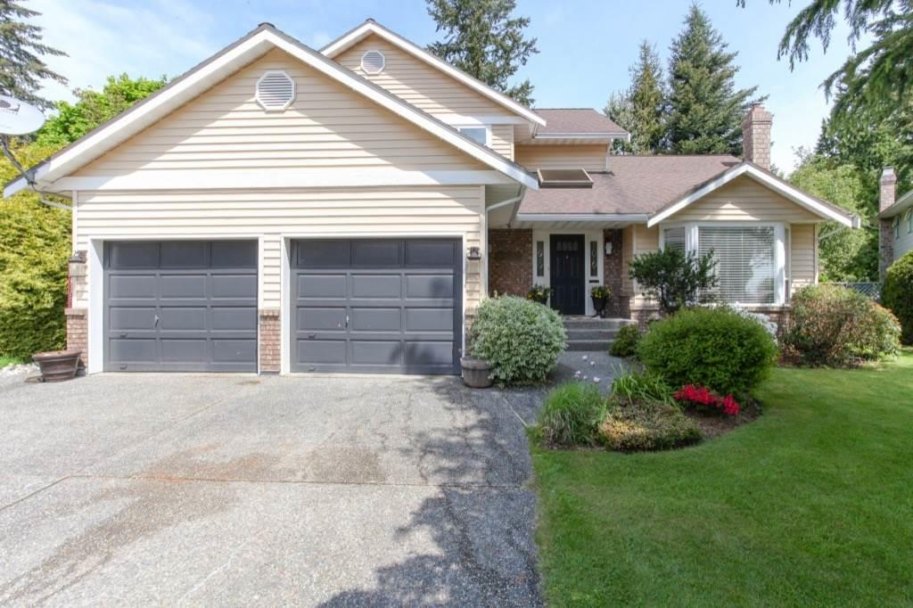 Detached at 13505 15A AVENUE, South Surrey White Rock, British Columbia. Image 1