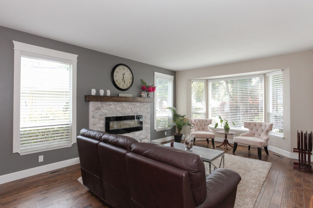 Detached at 13505 15A AVENUE, South Surrey White Rock, British Columbia. Image 3