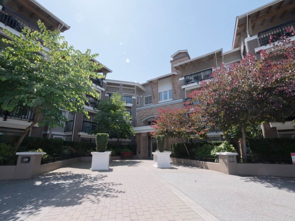 Condo Apartment at 224 8915 202 STREET, Unit 224, Langley, British Columbia. Image 3