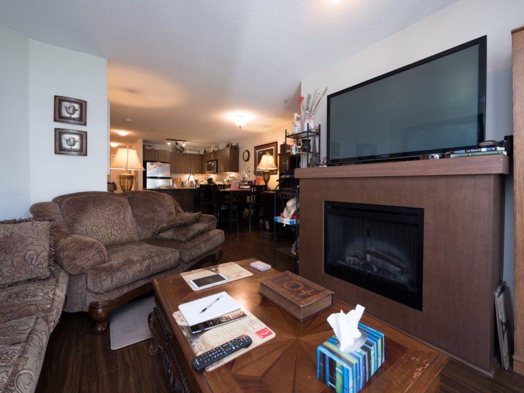 Condo Apartment at 224 8915 202 STREET, Unit 224, Langley, British Columbia. Image 5