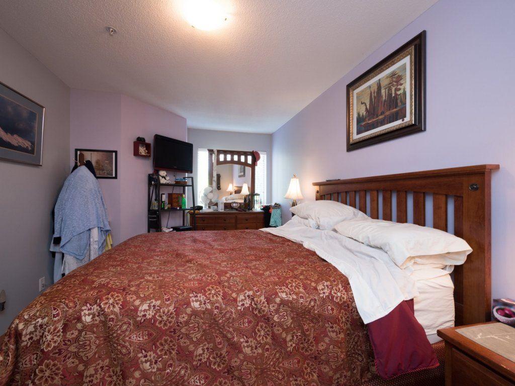 Condo Apartment at 224 8915 202 STREET, Unit 224, Langley, British Columbia. Image 18