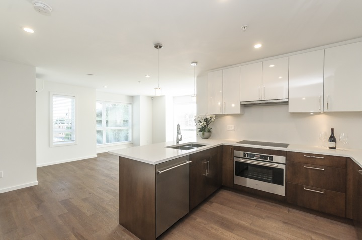 Townhouse at 985 W 70TH AVENUE, Vancouver West, British Columbia. Image 6