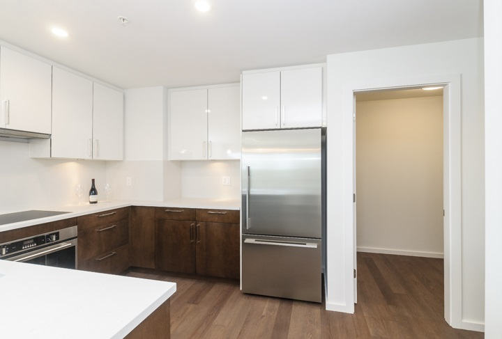 Townhouse at 985 W 70TH AVENUE, Vancouver West, British Columbia. Image 8