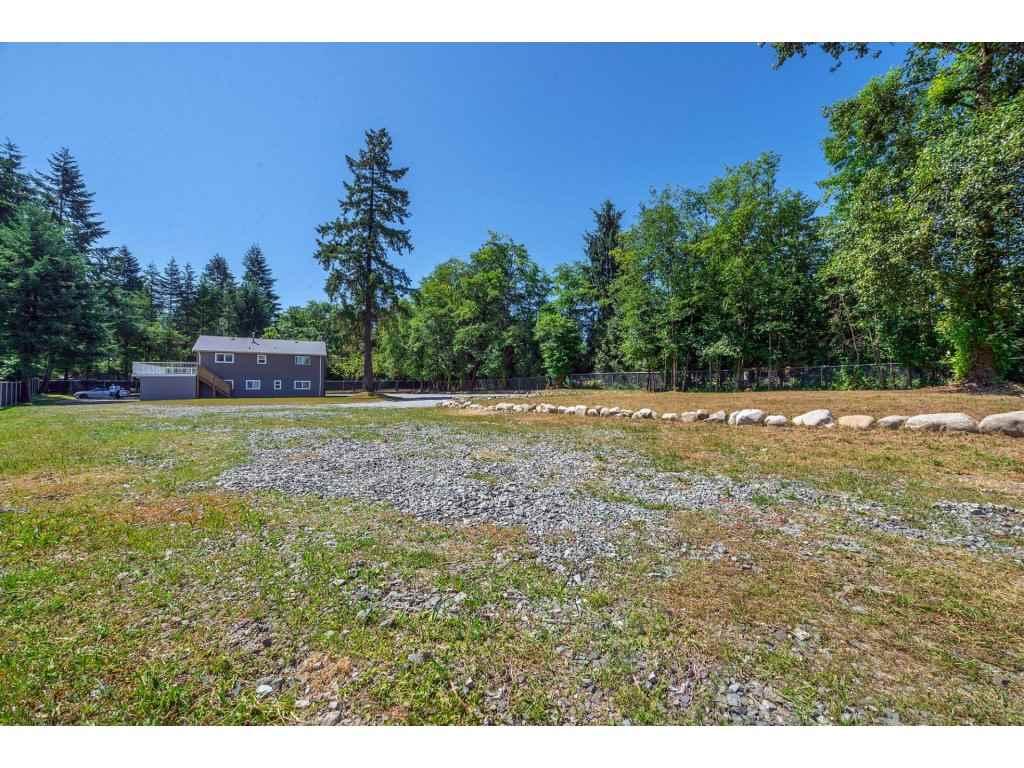 Detached at 17817 97 AVENUE, North Surrey, British Columbia. Image 17