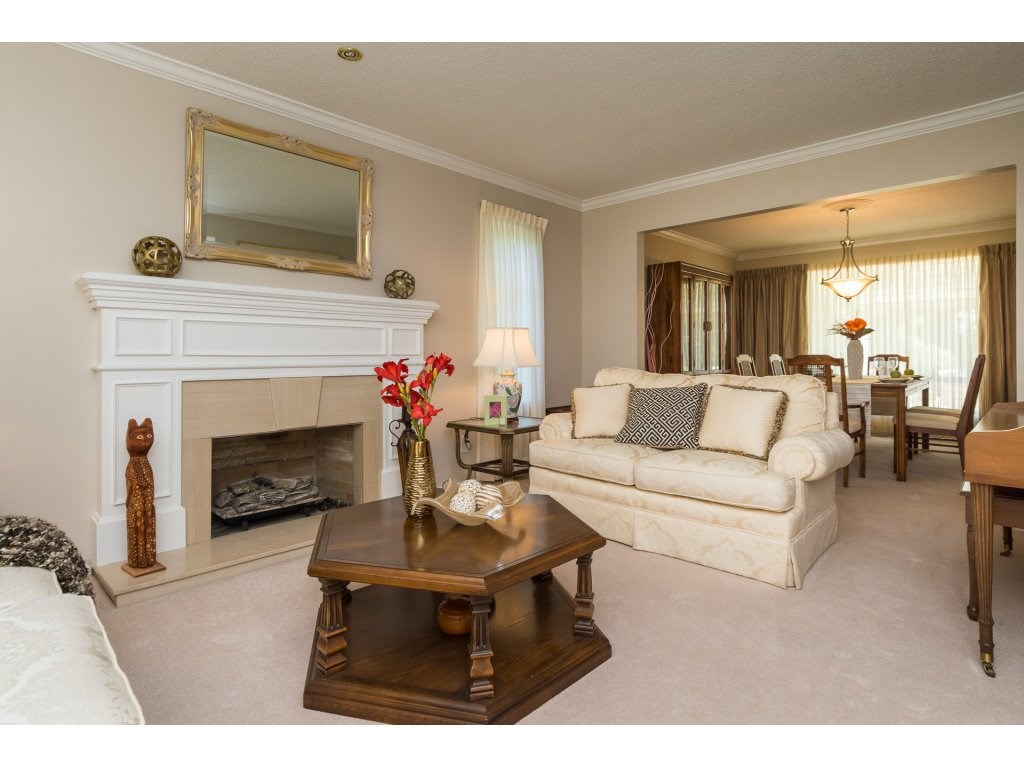 Detached at 12751 20A AVENUE, South Surrey White Rock, British Columbia. Image 3