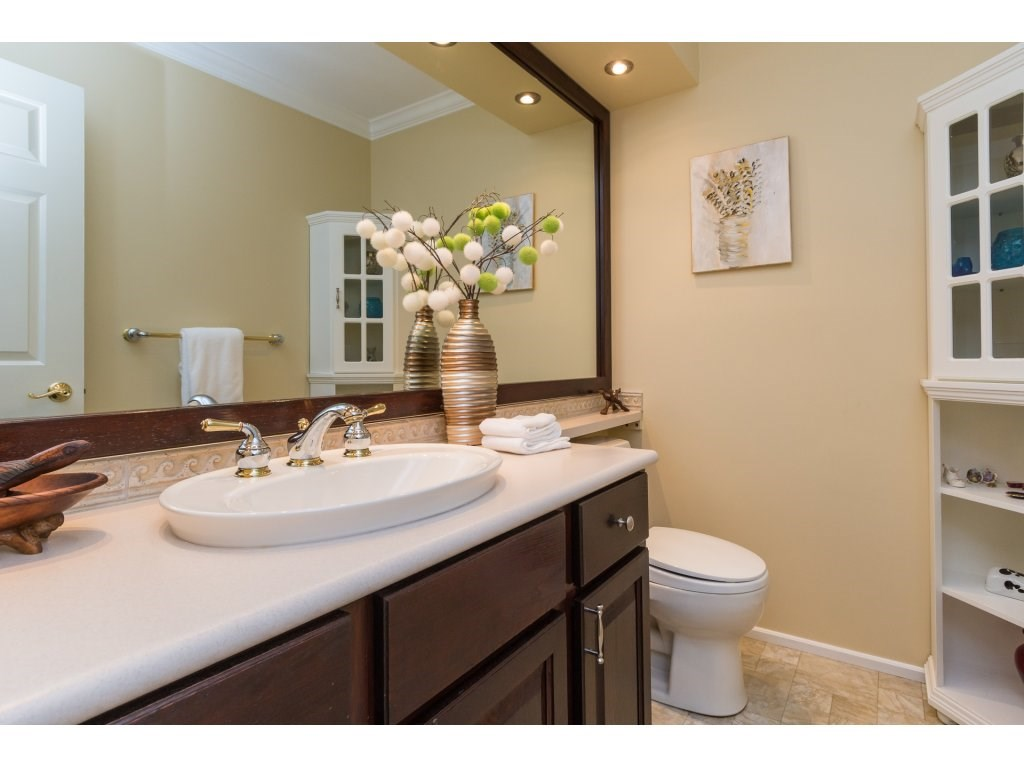 Detached at 12751 20A AVENUE, South Surrey White Rock, British Columbia. Image 6