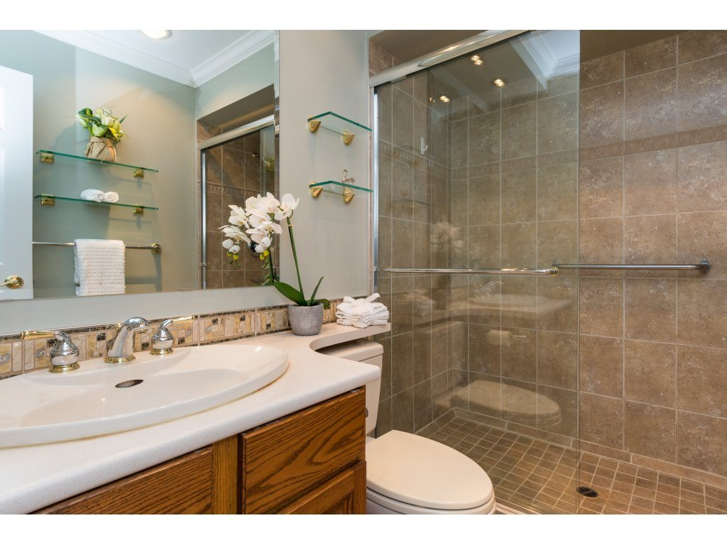 Detached at 12751 20A AVENUE, South Surrey White Rock, British Columbia. Image 14