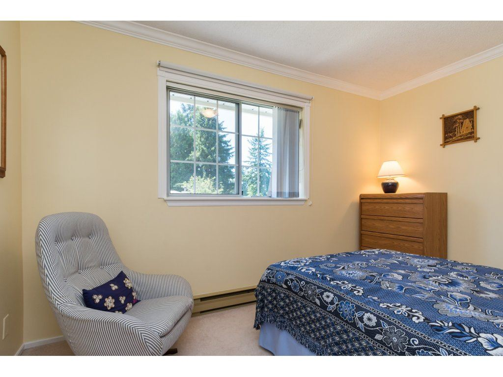 Detached at 12751 20A AVENUE, South Surrey White Rock, British Columbia. Image 17