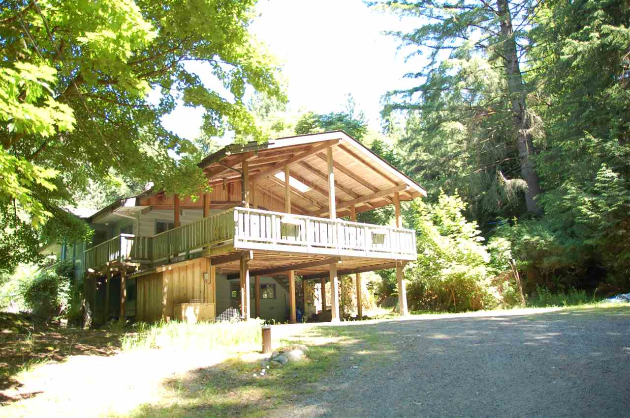 Detached at 1457 WOODS ROAD, Bowen Island, British Columbia. Image 1