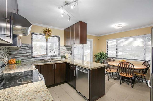 Half-duplex at 9974 127B STREET, North Surrey, British Columbia. Image 5