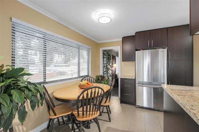 Half-duplex at 9974 127B STREET, North Surrey, British Columbia. Image 7