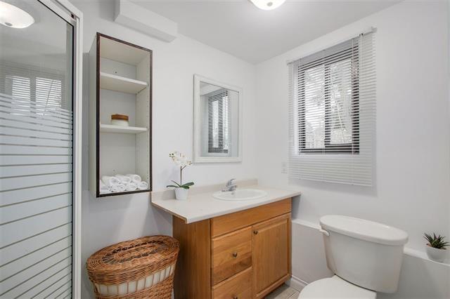Half-duplex at 9974 127B STREET, North Surrey, British Columbia. Image 12