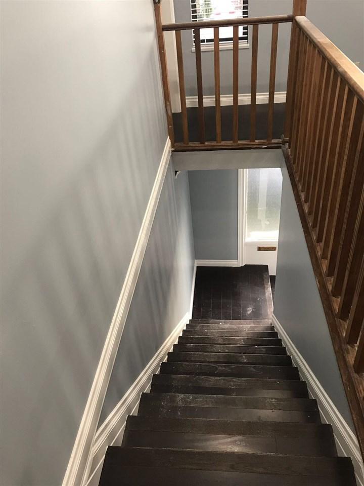 Half-duplex at 9974 127B STREET, North Surrey, British Columbia. Image 15