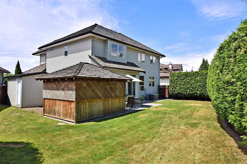 Detached at 18372 66 AVENUE, Cloverdale, British Columbia. Image 20