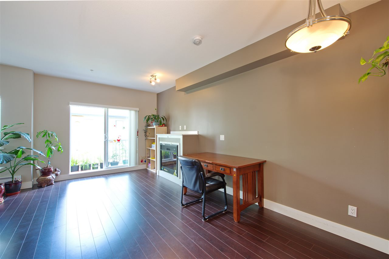 Townhouse at 227 368 ELLESMERE AVENUE, Unit 227, Burnaby North, British Columbia. Image 6