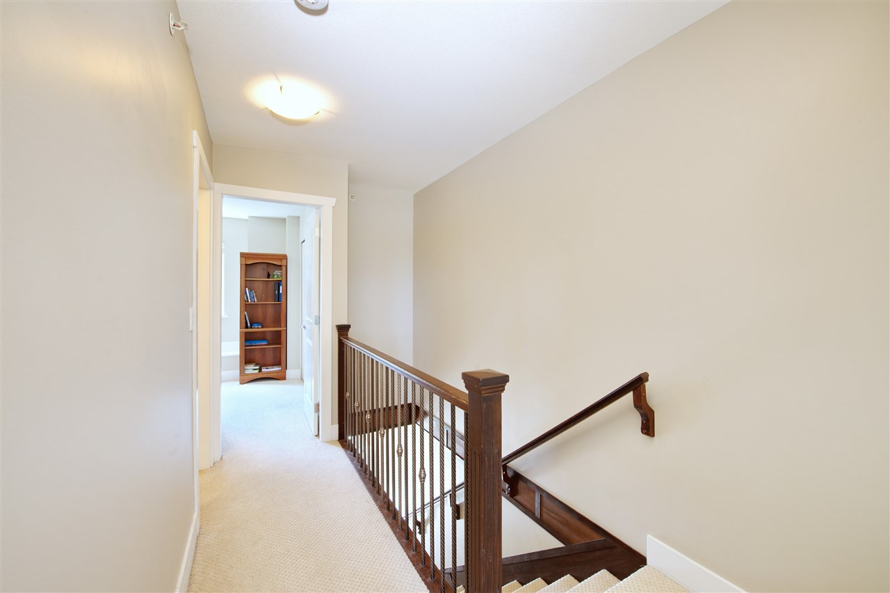 Townhouse at 227 368 ELLESMERE AVENUE, Unit 227, Burnaby North, British Columbia. Image 8