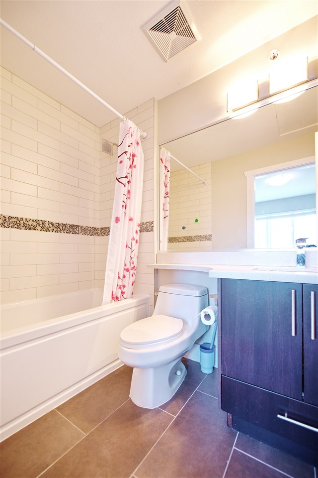 Townhouse at 227 368 ELLESMERE AVENUE, Unit 227, Burnaby North, British Columbia. Image 11
