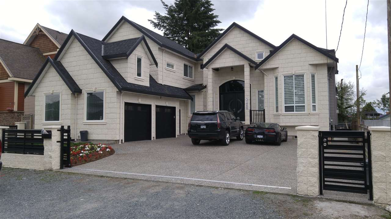 Detached at 31888 GLENWOOD AVENUE, Abbotsford, British Columbia. Image 2