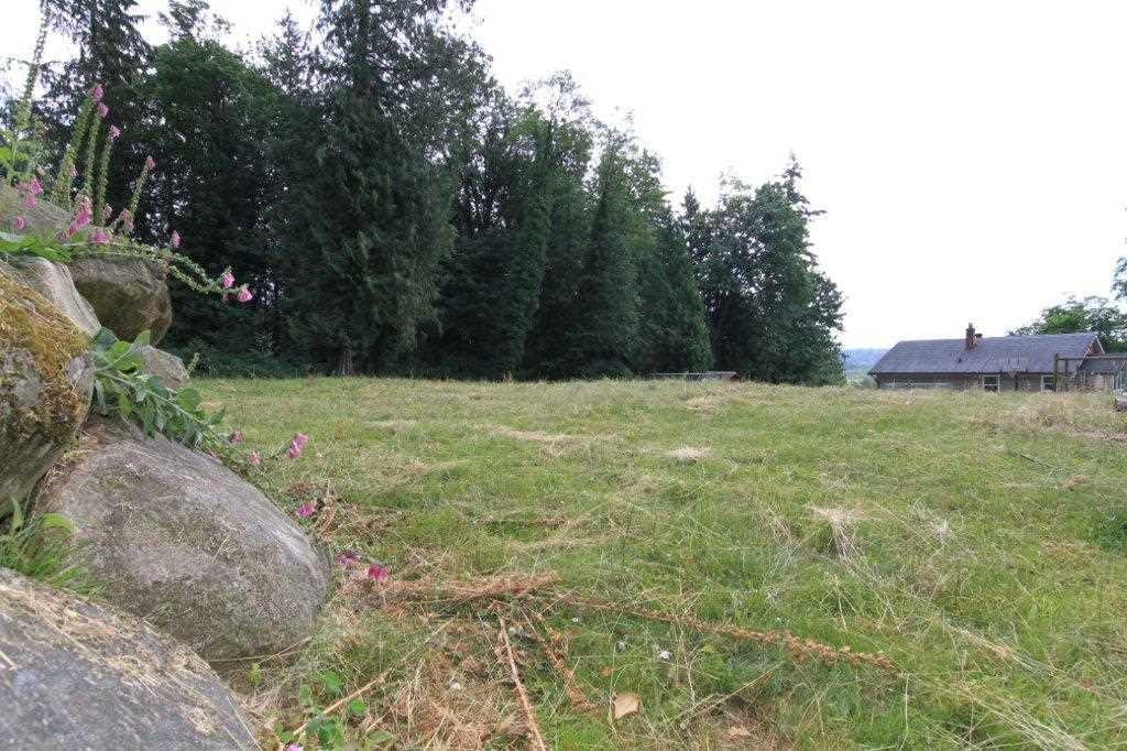 Detached at 9352 SPILSBURY STREET, Maple Ridge, British Columbia. Image 16