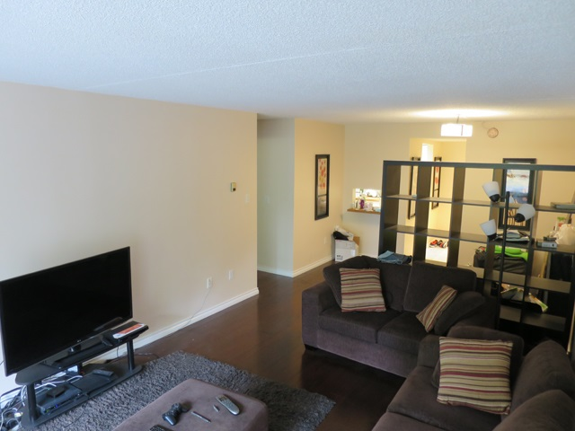Condo Apartment at 207 6595 WILLINGDON AVENUE, Unit 207, Burnaby South, British Columbia. Image 3