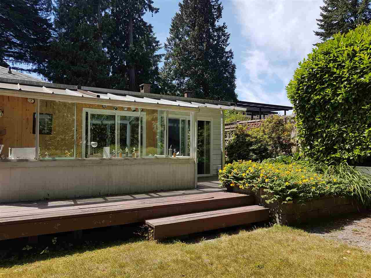 Detached at 1154 W 24TH STREET, North Vancouver, British Columbia. Image 15