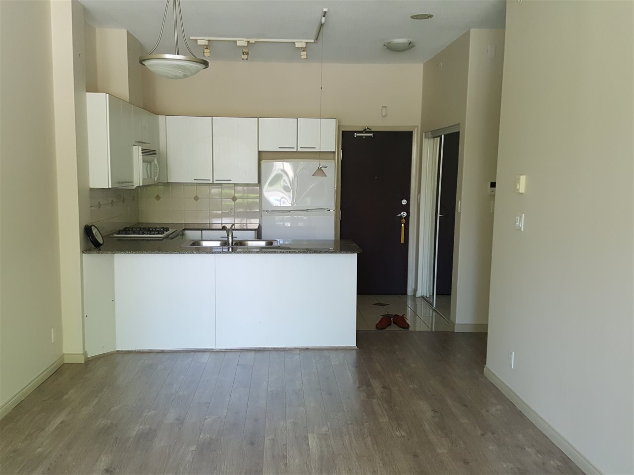Condo Apartment at 102 6331 BUSWELL STREET, Unit 102, Richmond, British Columbia. Image 7