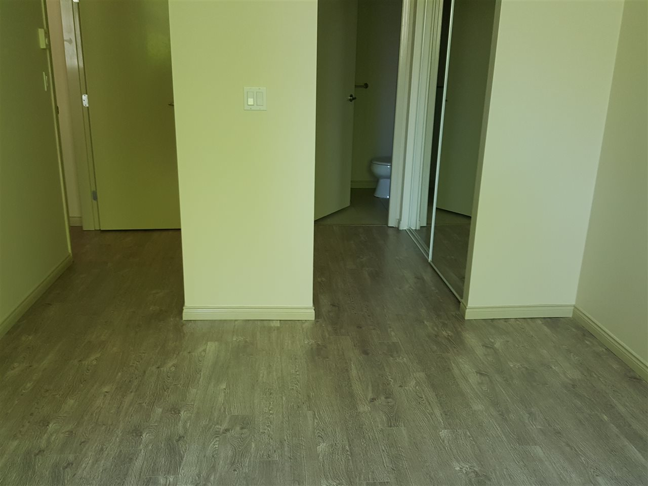 Condo Apartment at 102 6331 BUSWELL STREET, Unit 102, Richmond, British Columbia. Image 10