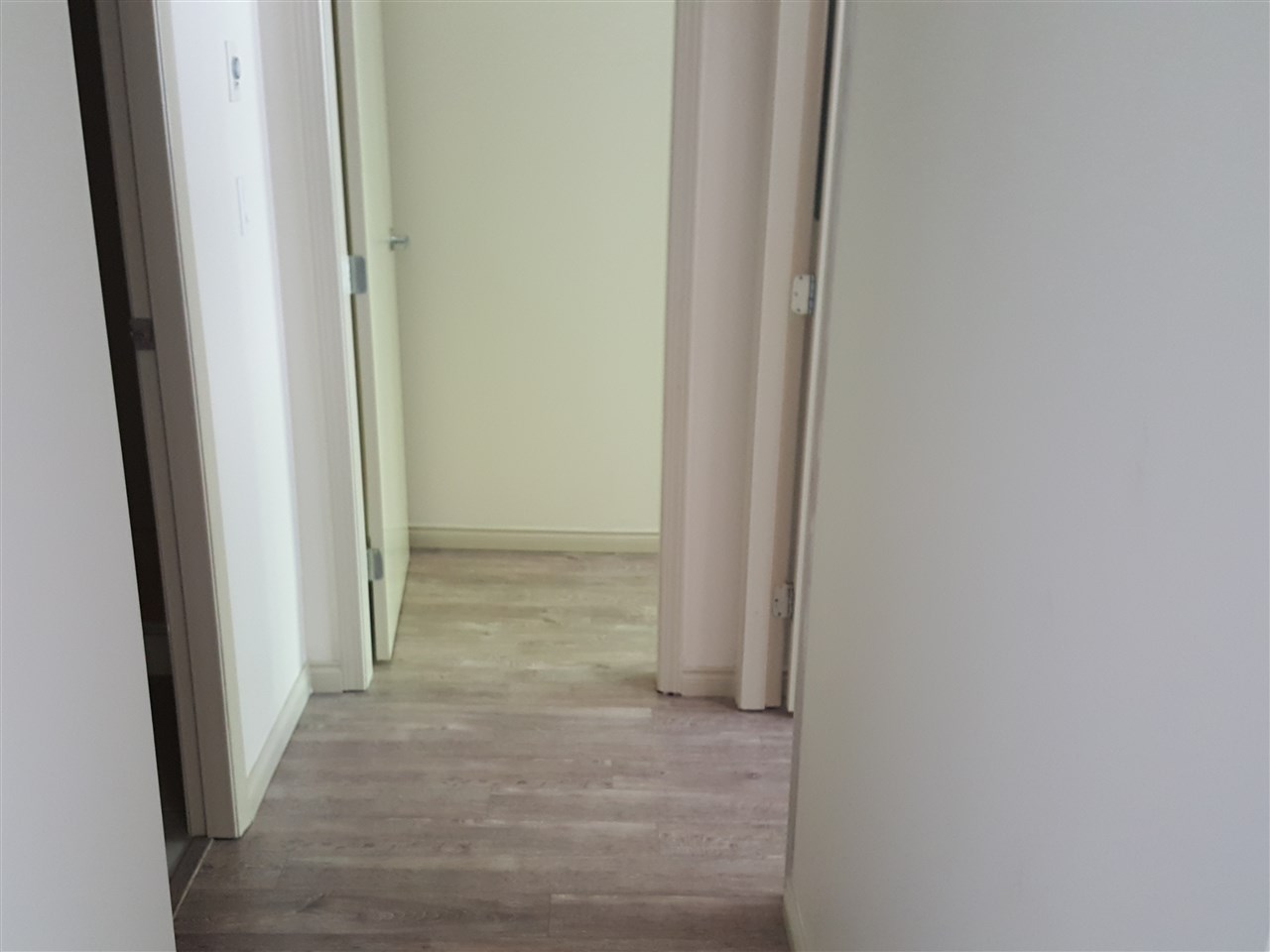 Condo Apartment at 102 6331 BUSWELL STREET, Unit 102, Richmond, British Columbia. Image 11