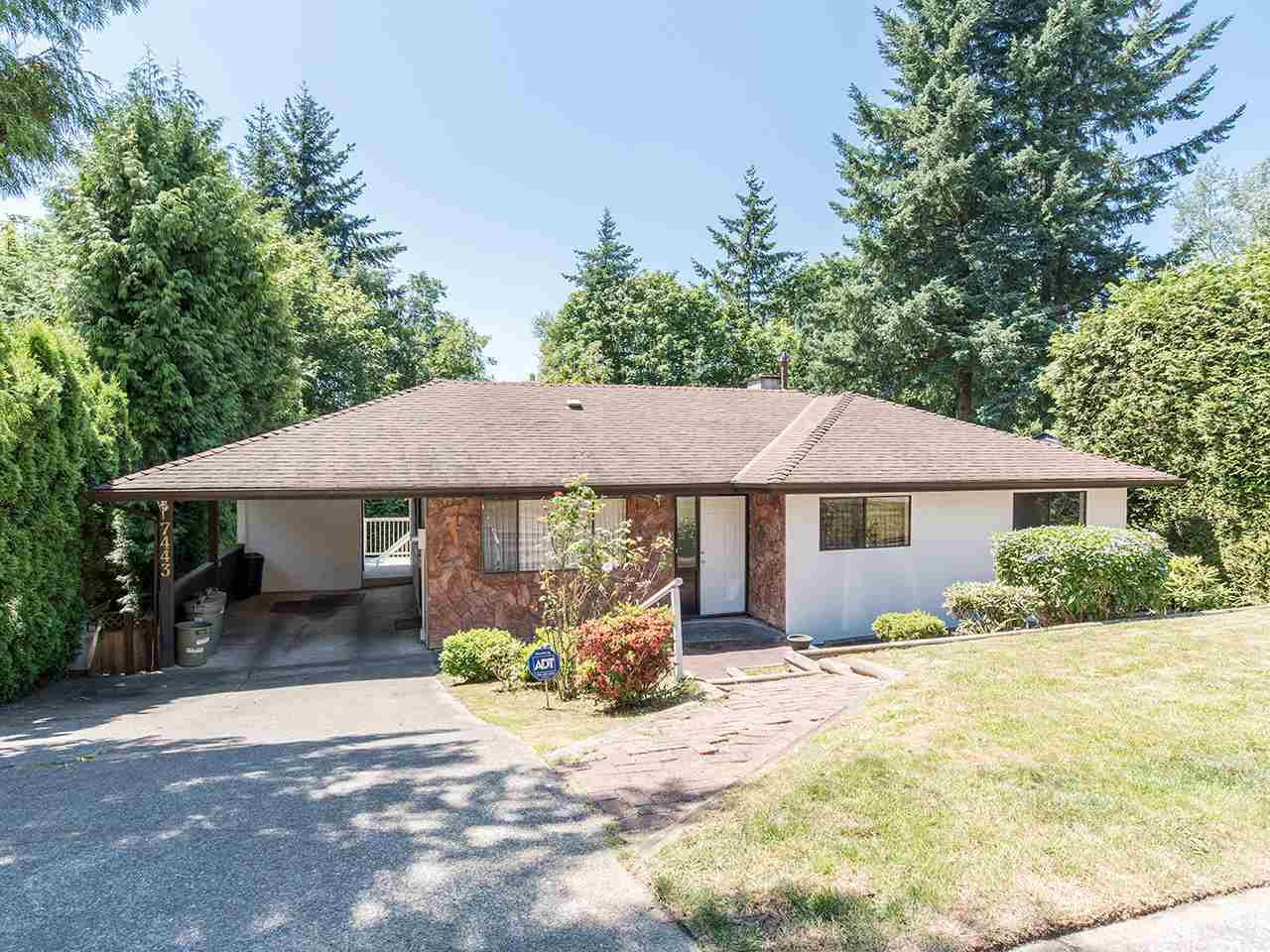 Detached at 7443 BARRYMORE DRIVE, N. Delta, British Columbia. Image 1