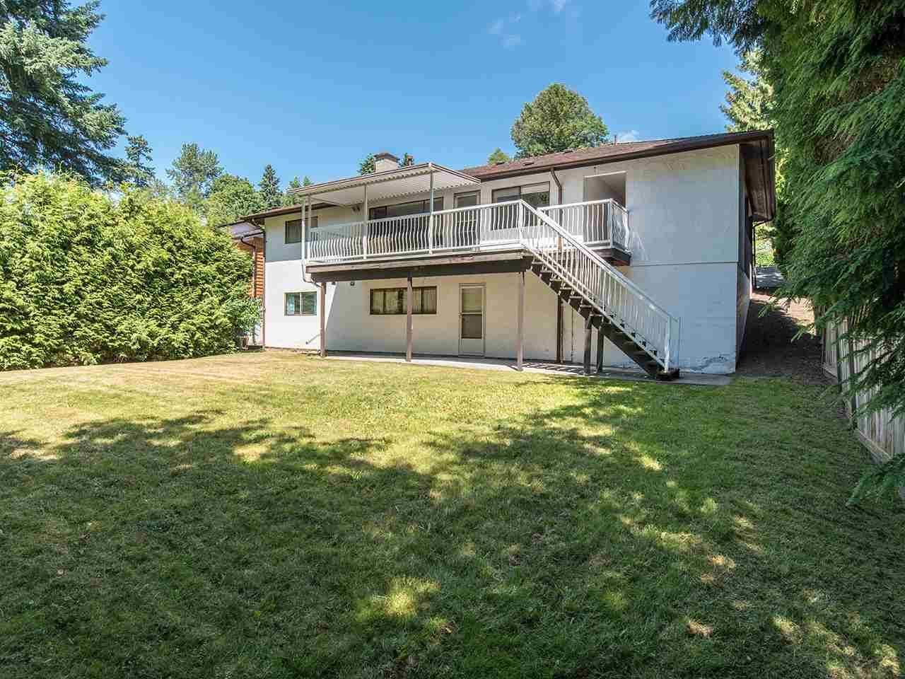 Detached at 7443 BARRYMORE DRIVE, N. Delta, British Columbia. Image 17