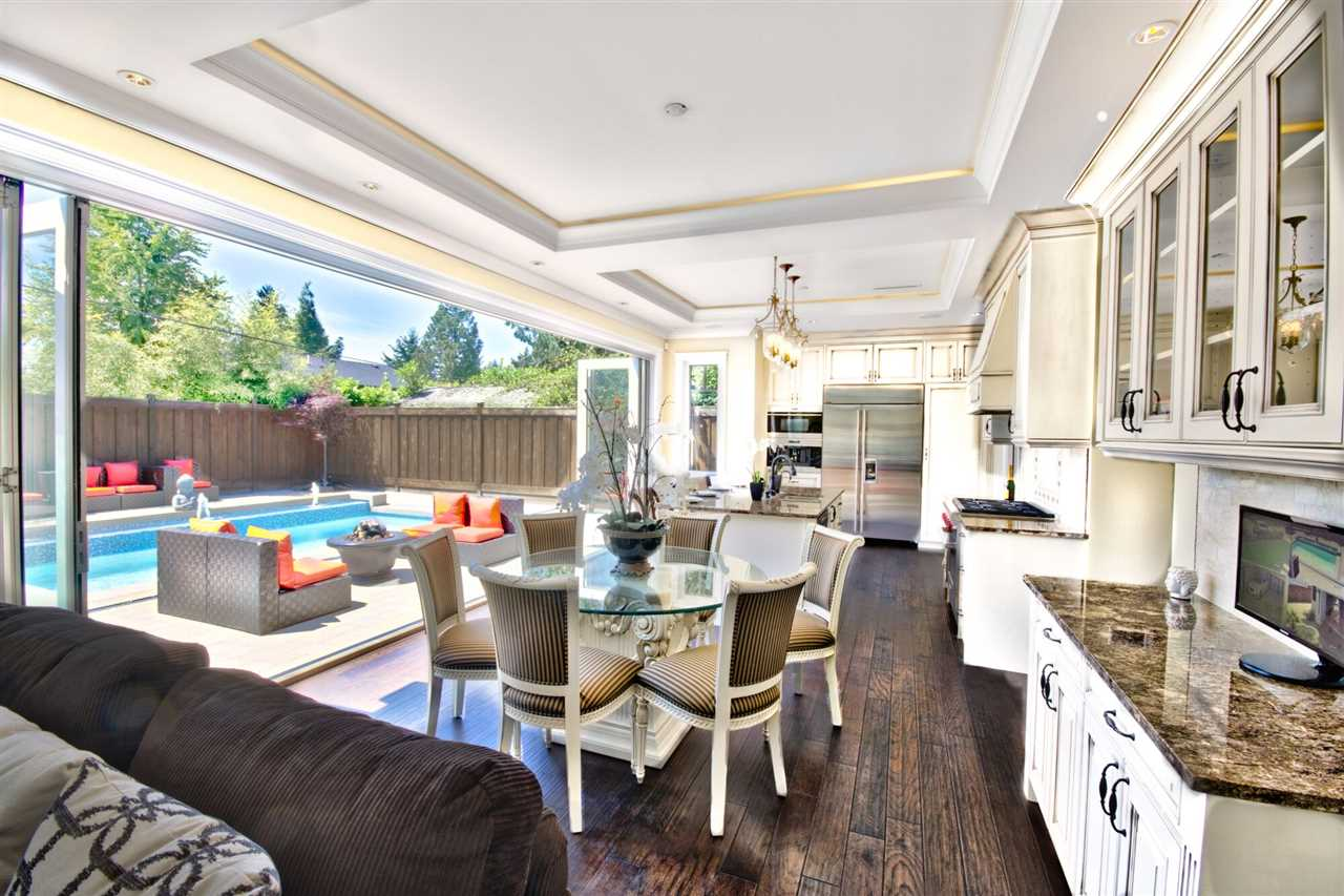 Detached at 2939 COLWOOD DRIVE, North Vancouver, British Columbia. Image 4
