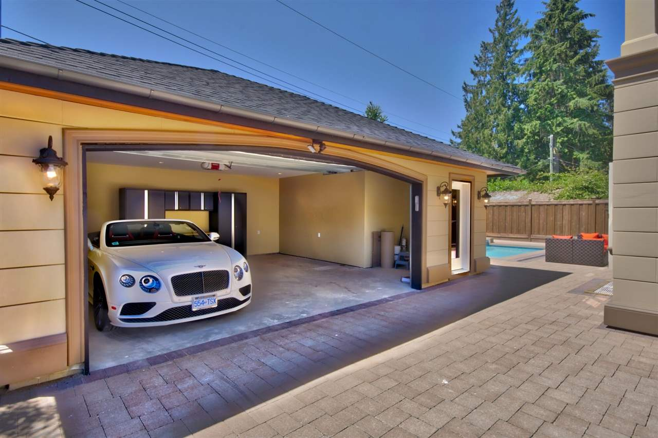 Detached at 2939 COLWOOD DRIVE, North Vancouver, British Columbia. Image 20