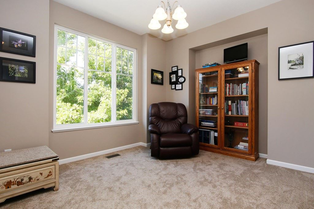 Detached at 4330 BILL REID TERRACE, Abbotsford, British Columbia. Image 5