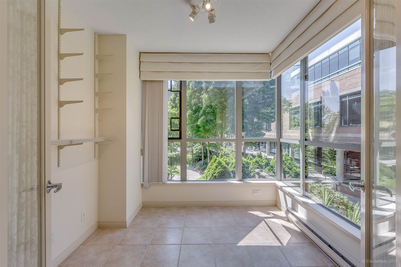Condo Apartment at 204 1575 W 10TH AVENUE, Unit 204, Vancouver West, British Columbia. Image 9