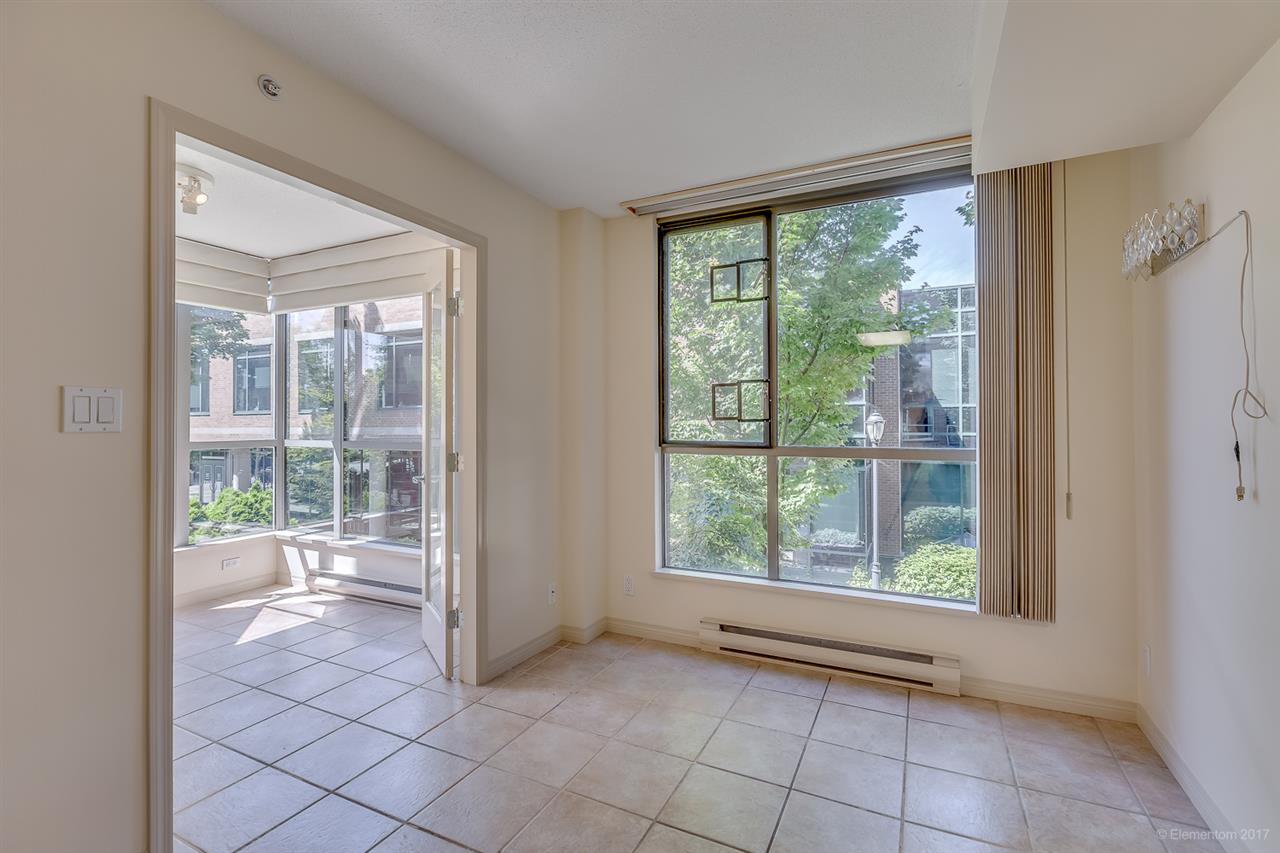 Condo Apartment at 204 1575 W 10TH AVENUE, Unit 204, Vancouver West, British Columbia. Image 10