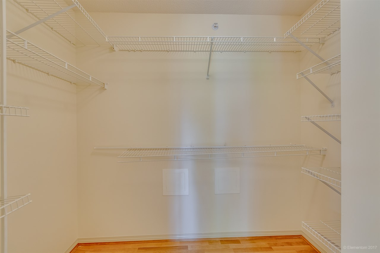 Condo Apartment at 204 1575 W 10TH AVENUE, Unit 204, Vancouver West, British Columbia. Image 17