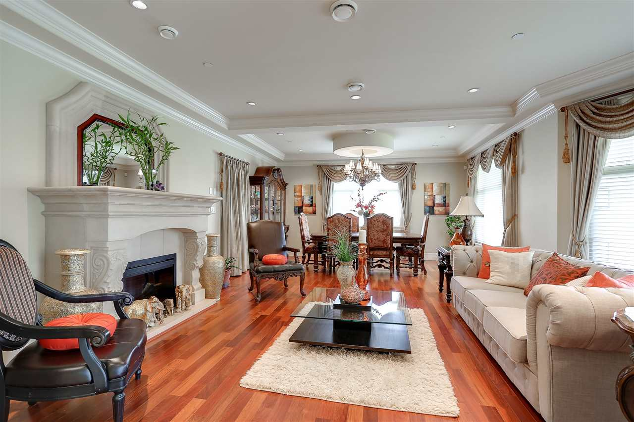 Detached at 1392 W 49TH AVENUE, Vancouver West, British Columbia. Image 1