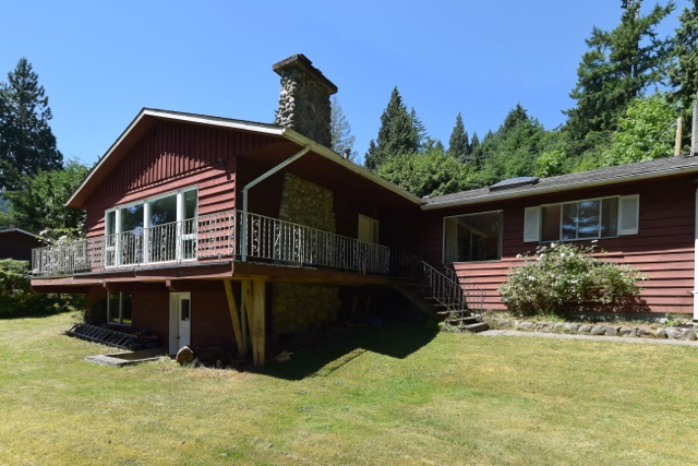 Detached at 1298 BURNS ROAD, Sunshine Coast, British Columbia. Image 6
