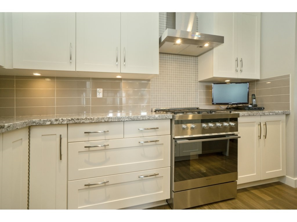 Condo Apartment at 106 5055 SPRINGS BOULEVARD, Unit 106, Tsawwassen, British Columbia. Image 8