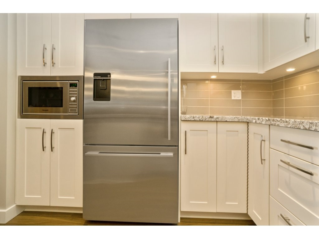 Condo Apartment at 106 5055 SPRINGS BOULEVARD, Unit 106, Tsawwassen, British Columbia. Image 9