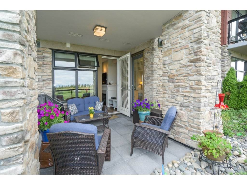 Condo Apartment at 106 5055 SPRINGS BOULEVARD, Unit 106, Tsawwassen, British Columbia. Image 18