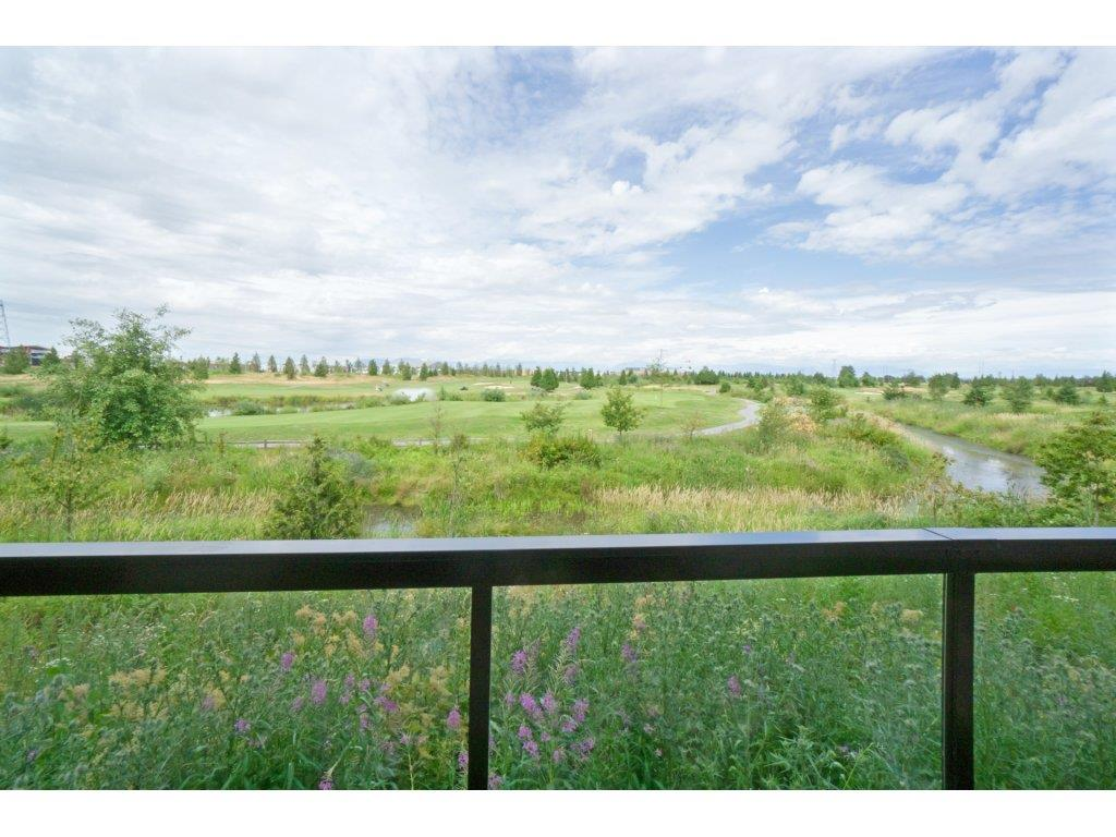 Condo Apartment at 106 5055 SPRINGS BOULEVARD, Unit 106, Tsawwassen, British Columbia. Image 20