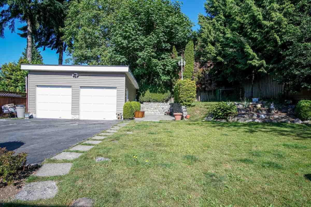Detached at 11468 140A STREET, North Surrey, British Columbia. Image 19
