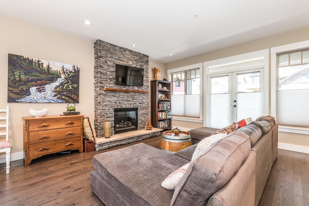 Detached at 2955 STRANGWAY PLACE, Squamish, British Columbia. Image 7