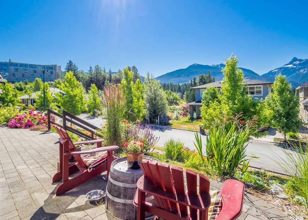 Detached at 2955 STRANGWAY PLACE, Squamish, British Columbia. Image 20