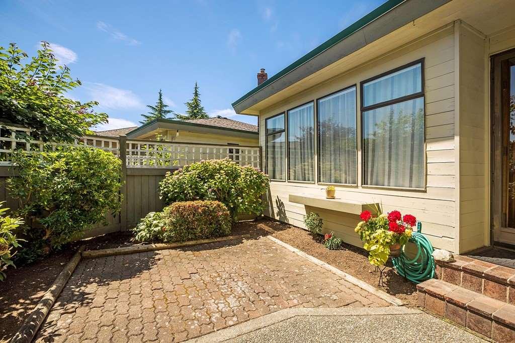 Townhouse at 1 14259 18A AVENUE, Unit 1, South Surrey White Rock, British Columbia. Image 13