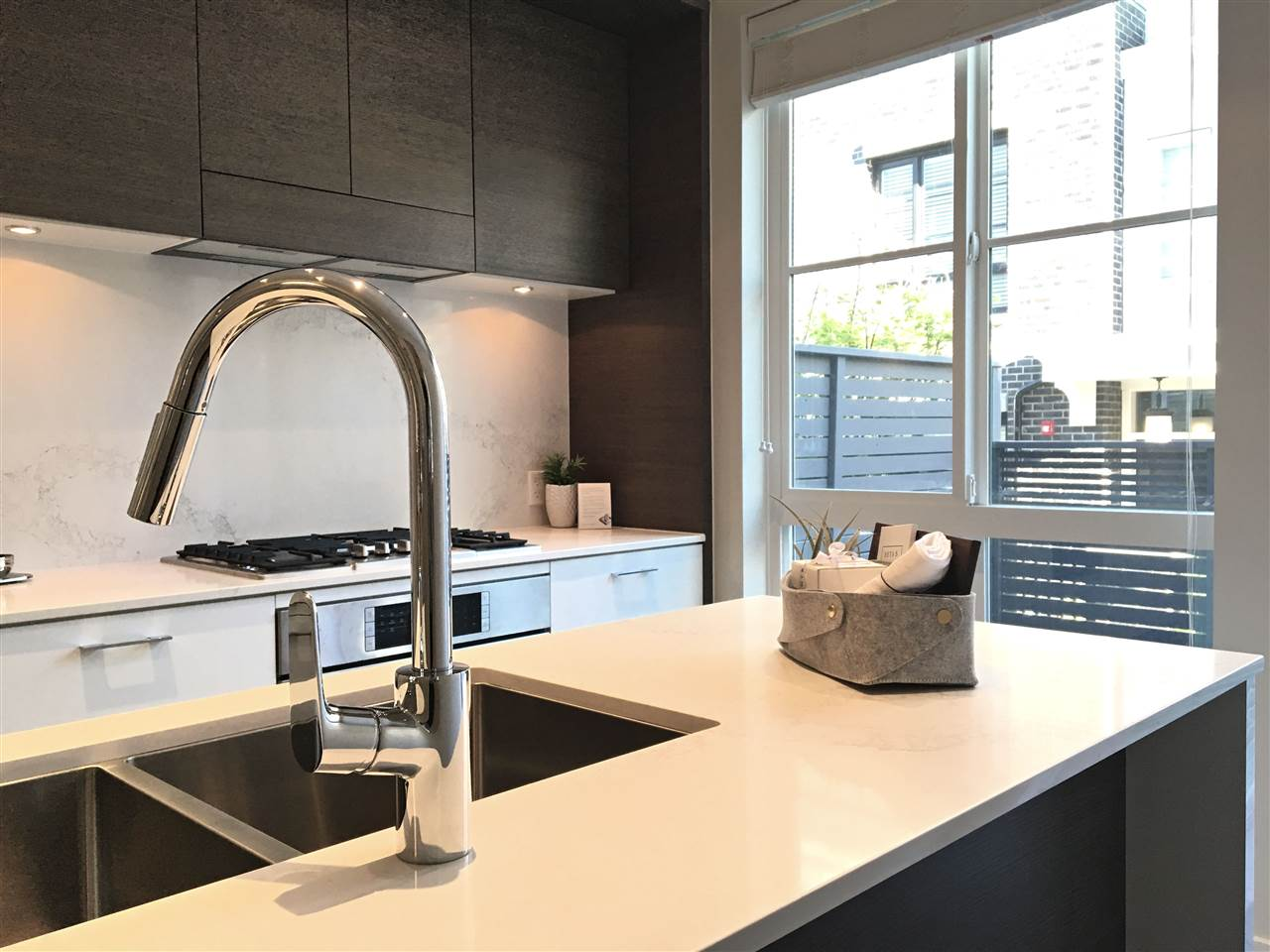 Townhouse at 258 W 62ND AVENUE, Vancouver West, British Columbia. Image 5