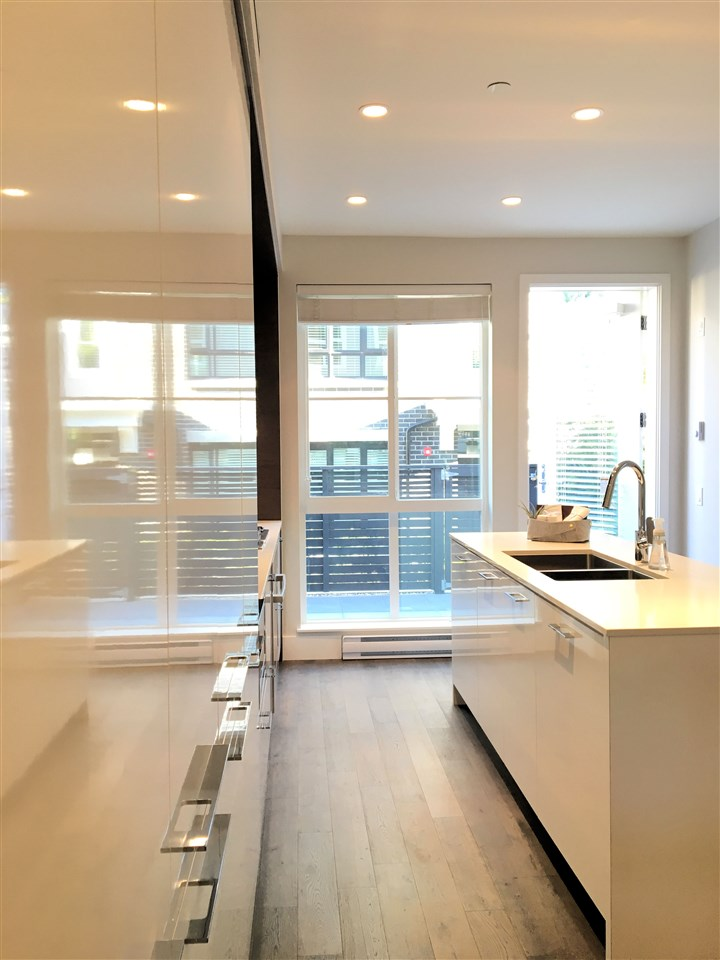Townhouse at 258 W 62ND AVENUE, Vancouver West, British Columbia. Image 7